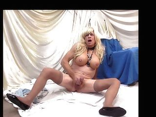 Transexual Ally Jerking Off On The Floor