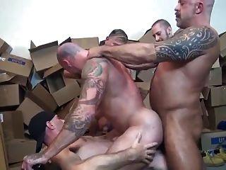 Sean Duran Gogo Gangbang Gay Sex