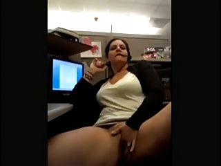Call Center Agent Gets Wet At Work