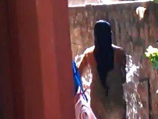 Sri Lankan Girl Bath