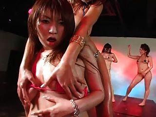Daiya & Japan Gogogirls Sexy Micro Bikini Group Dance