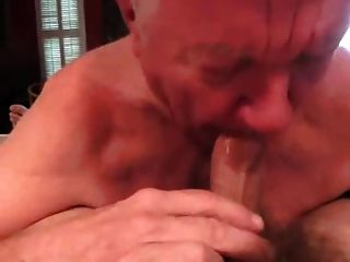 White-haired Grandpa Perfectly Bj With Mouth Cleaning