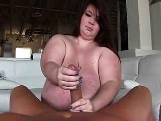 Bbw Lexxxi Gives A Great Handjob