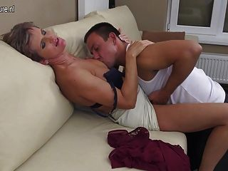 Mature Slut Mother Fucking Her Younger Lover