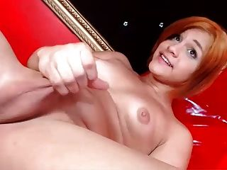 Sophiastar Masturbates And Cums Hard !