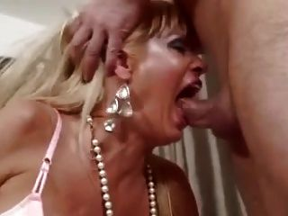 Mature Blonde Milf Deepthroat Facefucking Big Cock