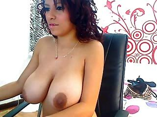 Sexy Bu Tits Latins With Suckable Nipples