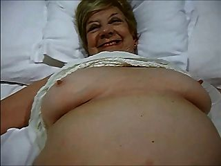 Granny Still Loves To Play With Her Cunt And Give Blow Jobs