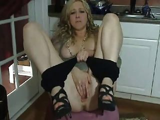 Naughty Milf Camshow