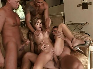 Chick Fucked By 3 Cocks