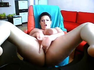 Big Tits Woman On Webcam