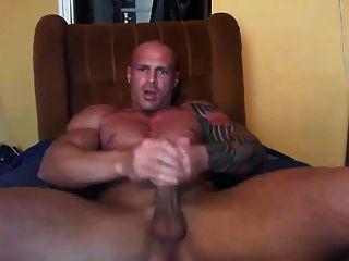 Str8 Muscle Guy Stroke Hard & Fast