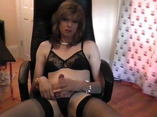 Mature Tranny Masturbating With Dildo