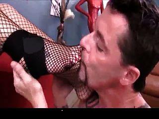 Sexy Amazon Smothers Slave