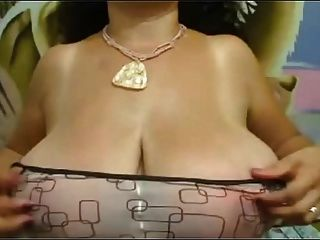Sweet Fat Big Nippled Mature Black Tits Striped On Webcam