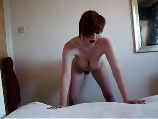 Sexy Girl Pleases Herself