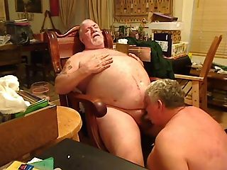 Fat Daddy Sucking