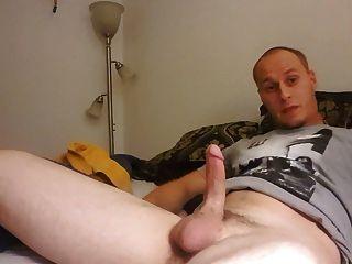 Str8 Guy Masterbates Til He Cums