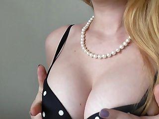Erotic Tease With Glitter Goddess