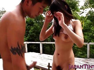 Petite Mihono Sakaguchi Loves Outdoor Bang