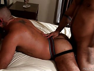 Men Over 30 Muscled Men Tied Up And Fucked