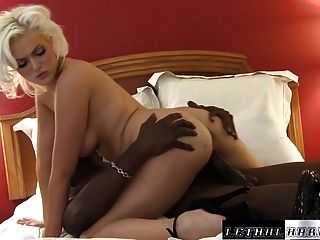 Young Pornstar Jenna Ivory Fucked By Black Not Step Brother