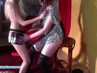 Lucky Guy Gets Stripshow And Blowjob From Three Czech Teens