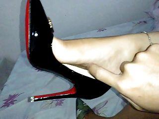 Feet In Heels Nice N Sexy