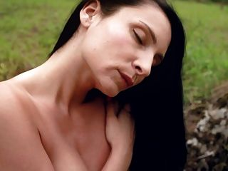 Black Haired Milf Kat Mastubates Outdoors See Her Wet Pussy