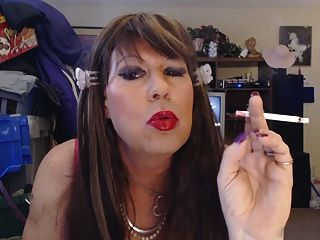 Smoking Tgirl Yum