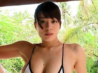 Mayu Dancing - Gold Bikini (non-nude)