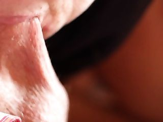 German Mature Mina Loves To Sucking Balls