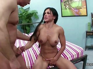 Cuckold Milf Fuck Stranger And Friend Must See It