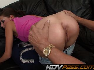 Horny Missy Gets Licked In Her Cunt And Returns By Rimming