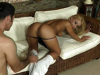 Hot Girl Gets Pounding On Couch