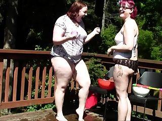 Chubby Geeky Girls Balloon Fight