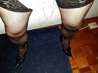 Massive Cumshot In Fishnet And Heels