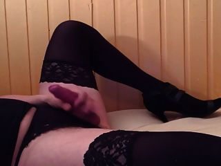 Big Cum Load In Stockings And Heels