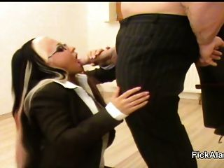 Hot German Teen Give Blowjob On Work In Sextape