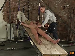 Cute Riley Gets His Balls Drained Empty