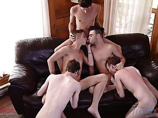 Amazing Gay Orgy With French And Canadian 18 Boys
