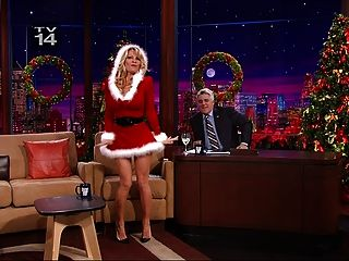 Pamela Anderson Showing Legs On The Tonight Show