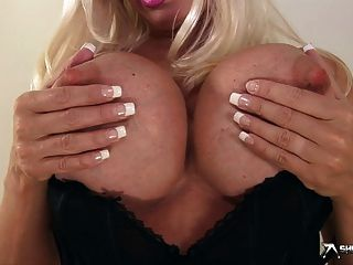 Michelle Thorne Solo Show In Hd