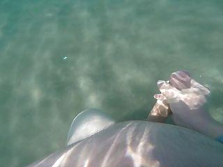 Underwater Love - Cum&sea