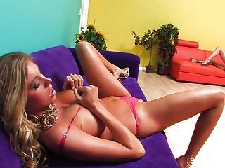 Tease & Threesome With Samantha And The Two Jaydens