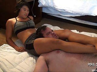 Japanese Girl Vs Man Slave- Headscissors Domination