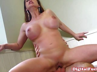 Gorgeous Latina With Sweet Culo Rides Cock