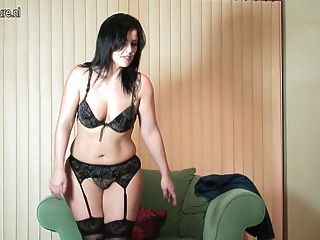Sexy Mother With Huge Ass And Sex Hunger