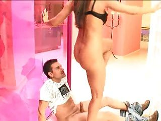 Sexy Latina Love Move Her Bubble Butt