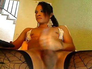 Colombian Ts Jerked Off On Cam